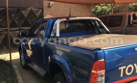 Buy Toyota Hilux Blue Car in Blantyre in Malawi