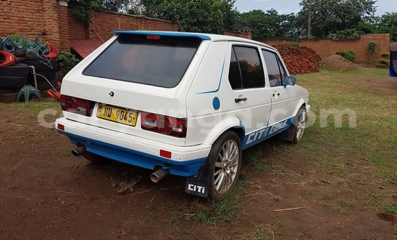 Buy Volkswagen Golf White Car in Limbe in Malawi