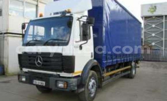 Buy Mercedes-Benz 1820 White Truck in Lilongwe in Malawi