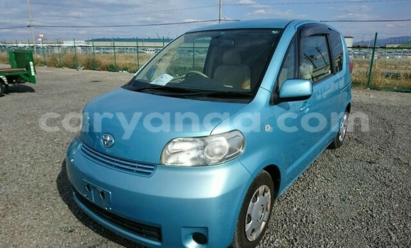 Buy Toyota Porte Blue Car in Lilongwe in Malawi