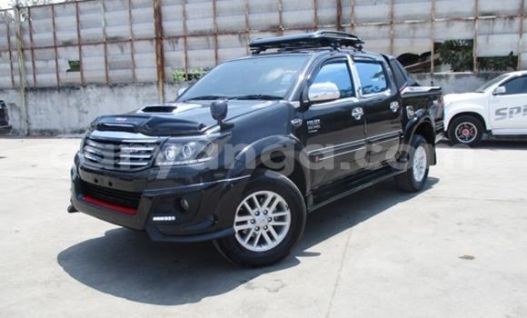 Buy Toyota Hilux Black Car in Limbe in Malawi