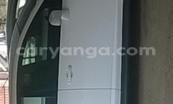Buy Nissan Tilda White Car in Blantyre in Malawi