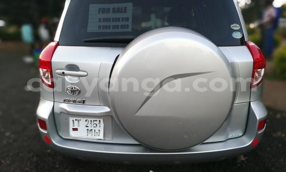 Buy Toyota RAV4 Silver Car in Lilongwe in Malawi