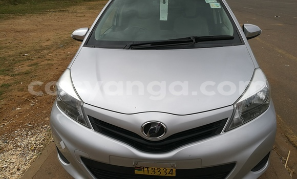 Buy Toyota Vitz Silver Car in Lilongwe in Malawi
