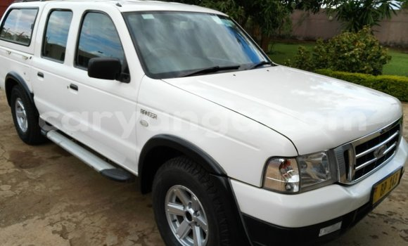 Buy Ford Ranger White Car in Lilongwe in Malawi