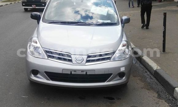 Buy Nissan Tilda Silver Car in Limete in Malawi
